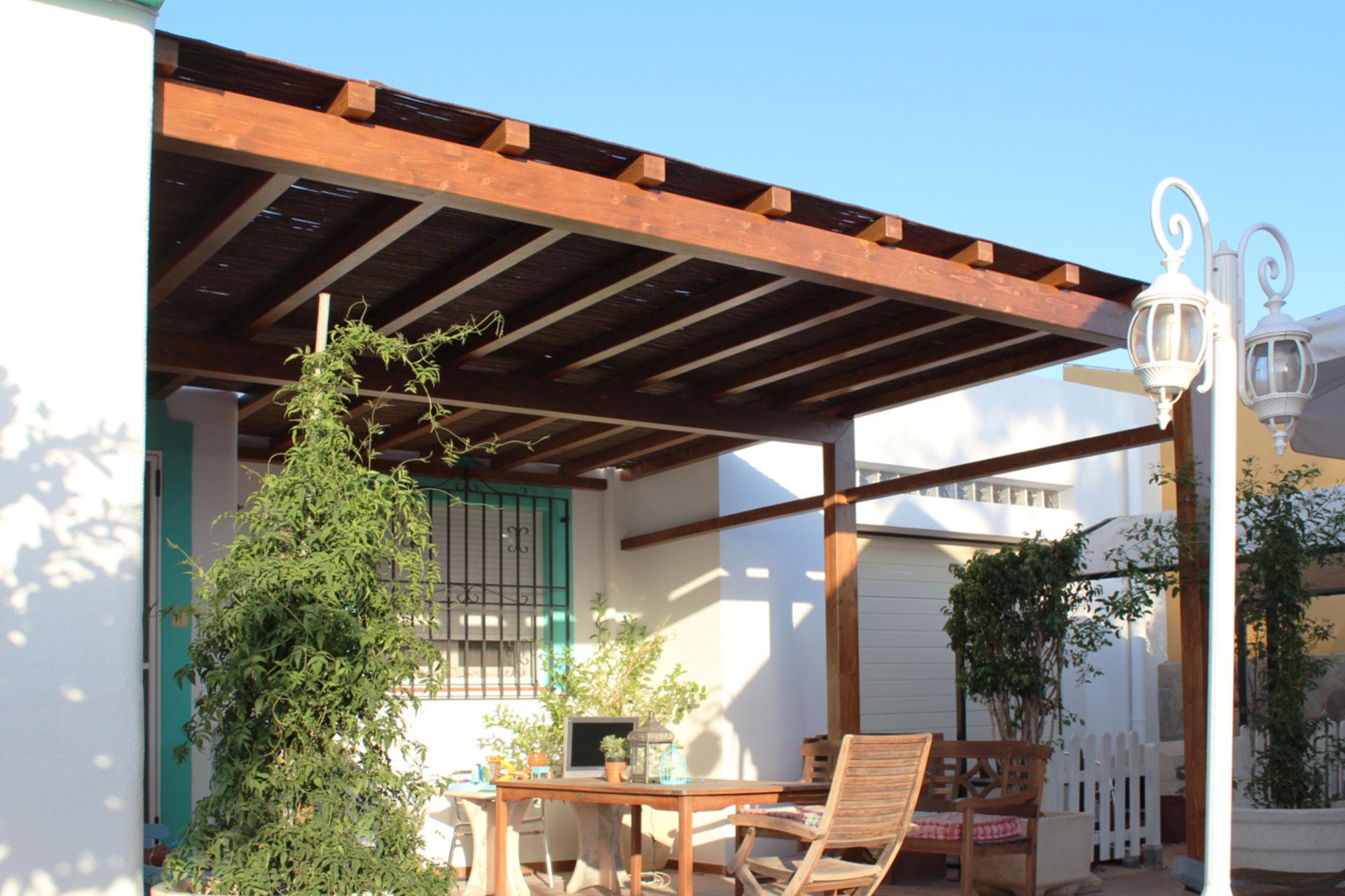 Pergolas de madera para jardin benoit roubaud - Pergolas de madera valencia ...