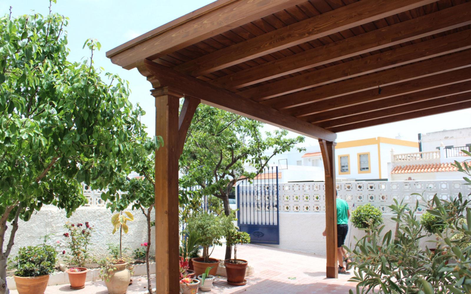 pergolas techadas benoit roubaud carpinter a artesanal