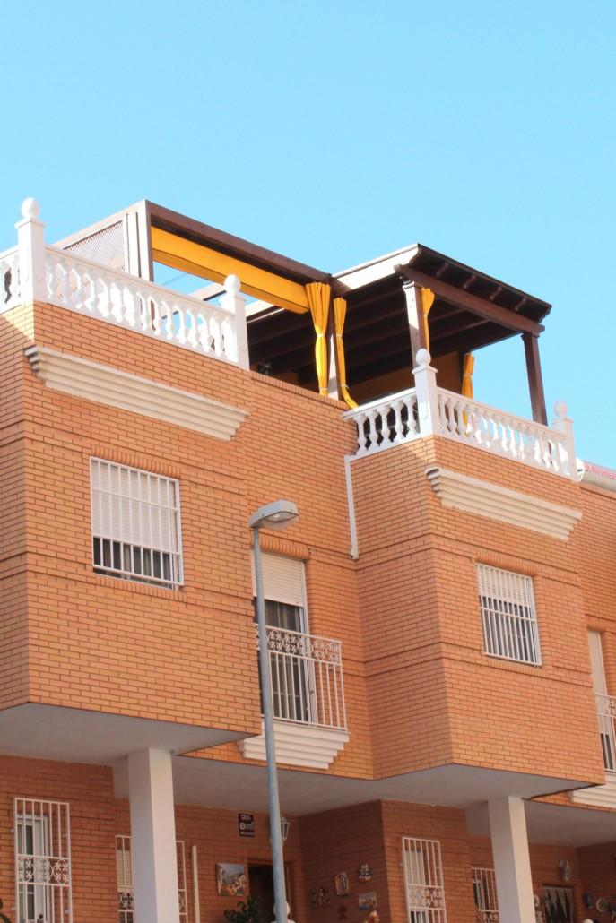 Cerramientos terrazas con toldos benoit roubaud - Terrazas con toldos ...