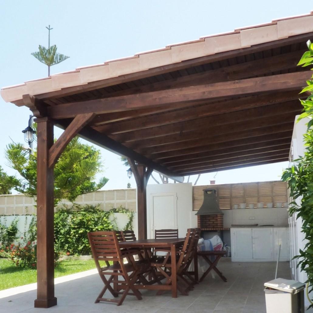 Porche de madera porche madera y cerramiento acristalado - Madera para porches ...